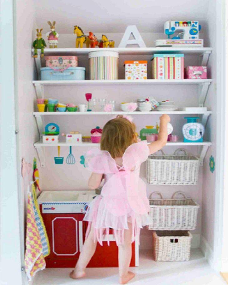 Kids Room Storage Design 0016