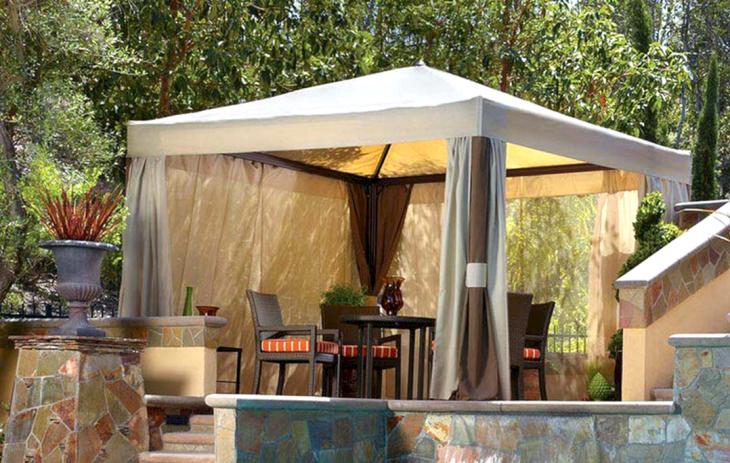Comfortable Dining Area Design