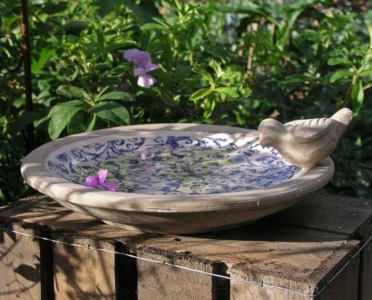 Home Front Garden With Bird Bath 6