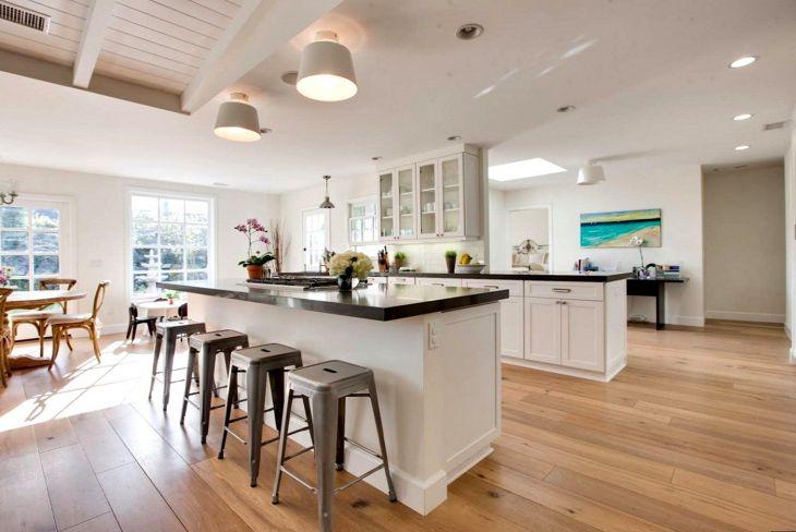 Interior Kitchen With Houndstooth Motif Floor