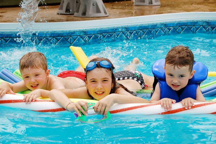 Awesomen Kids Swimming Pool For Fun