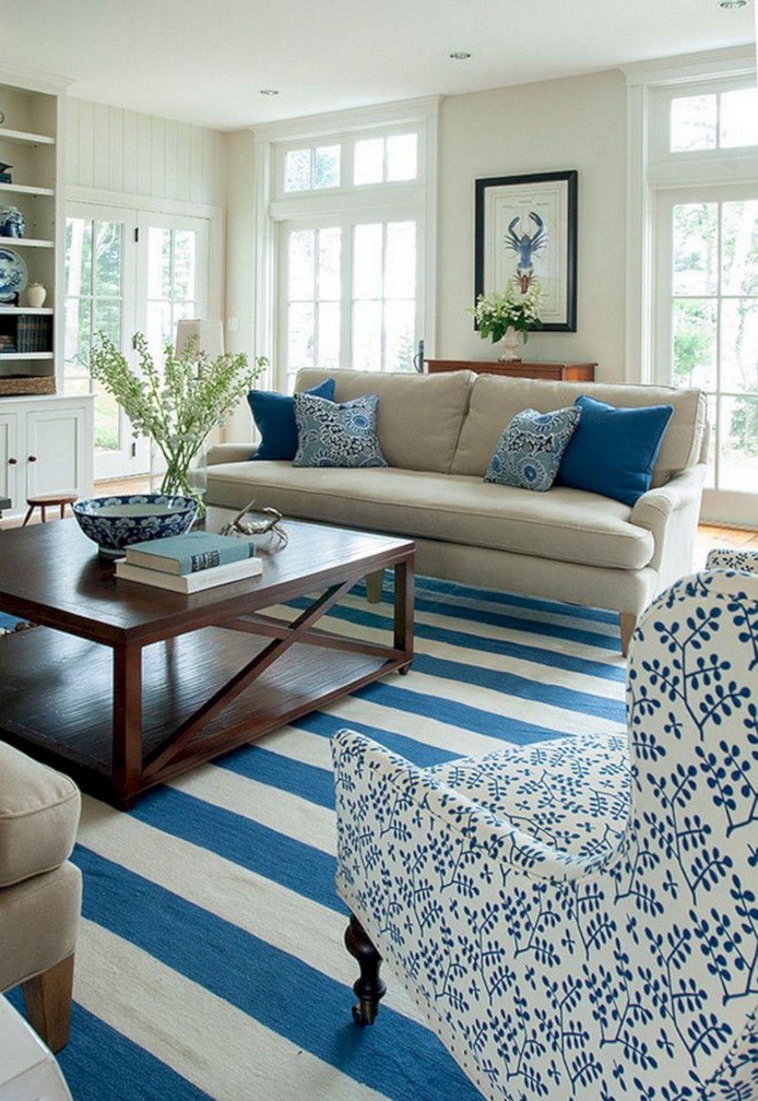 Simple Coastal Living Room Decoration