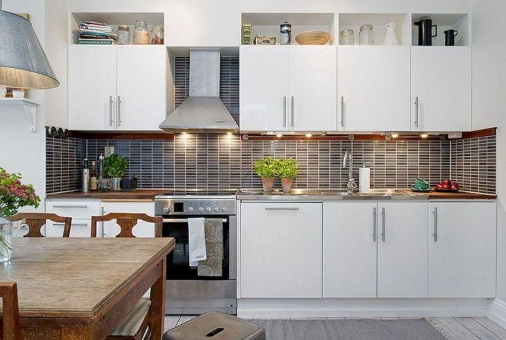White Kitchen Decoration Idea