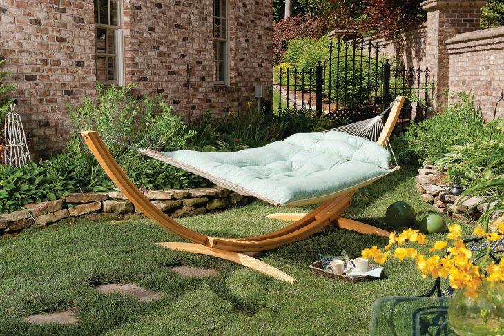 Backyard Hammock And Swing Ideas