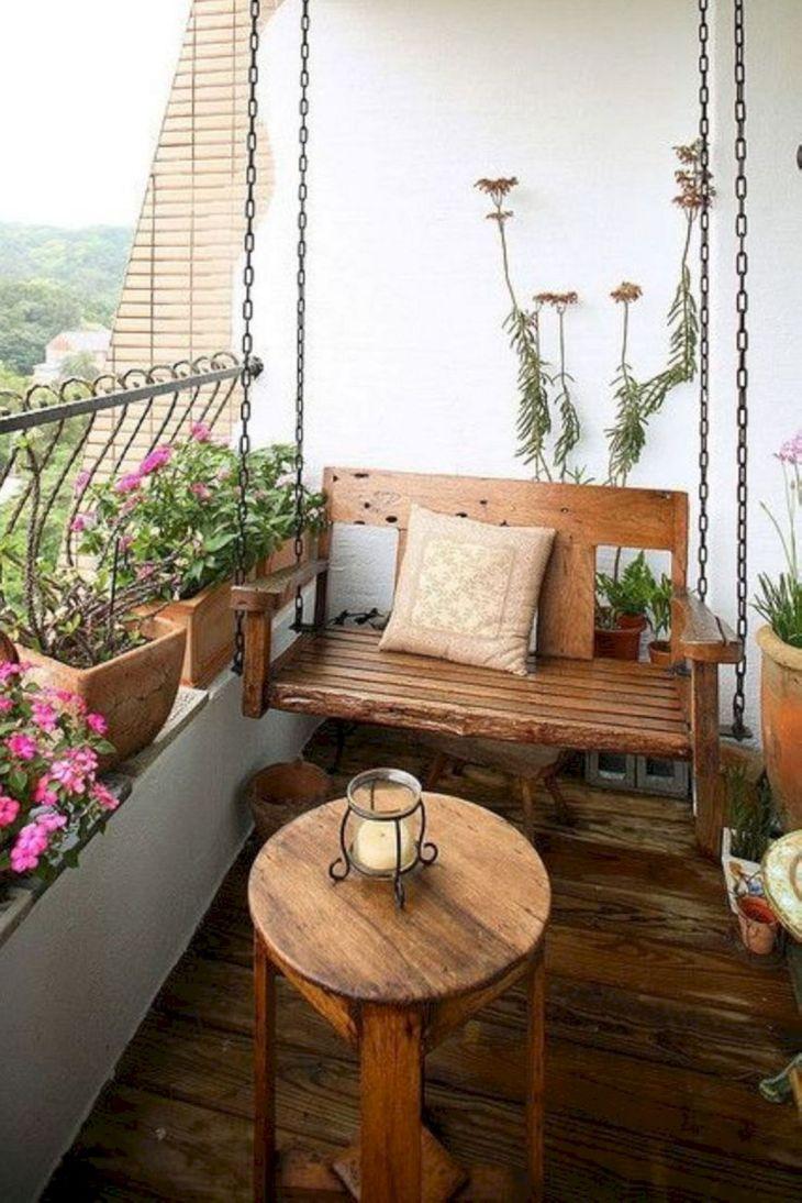 DIY Apartment Balcony Decoration