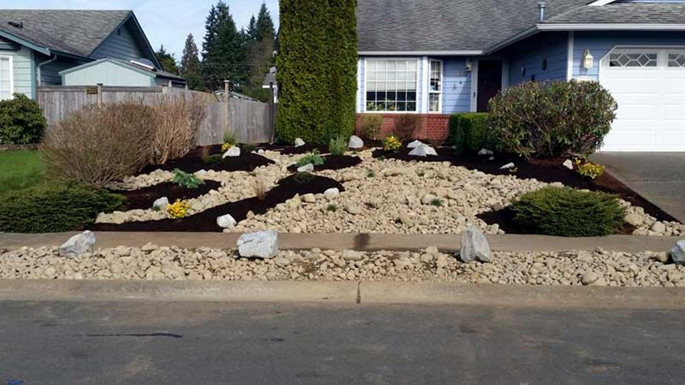 Front Yard Landscaping With Rocks 16