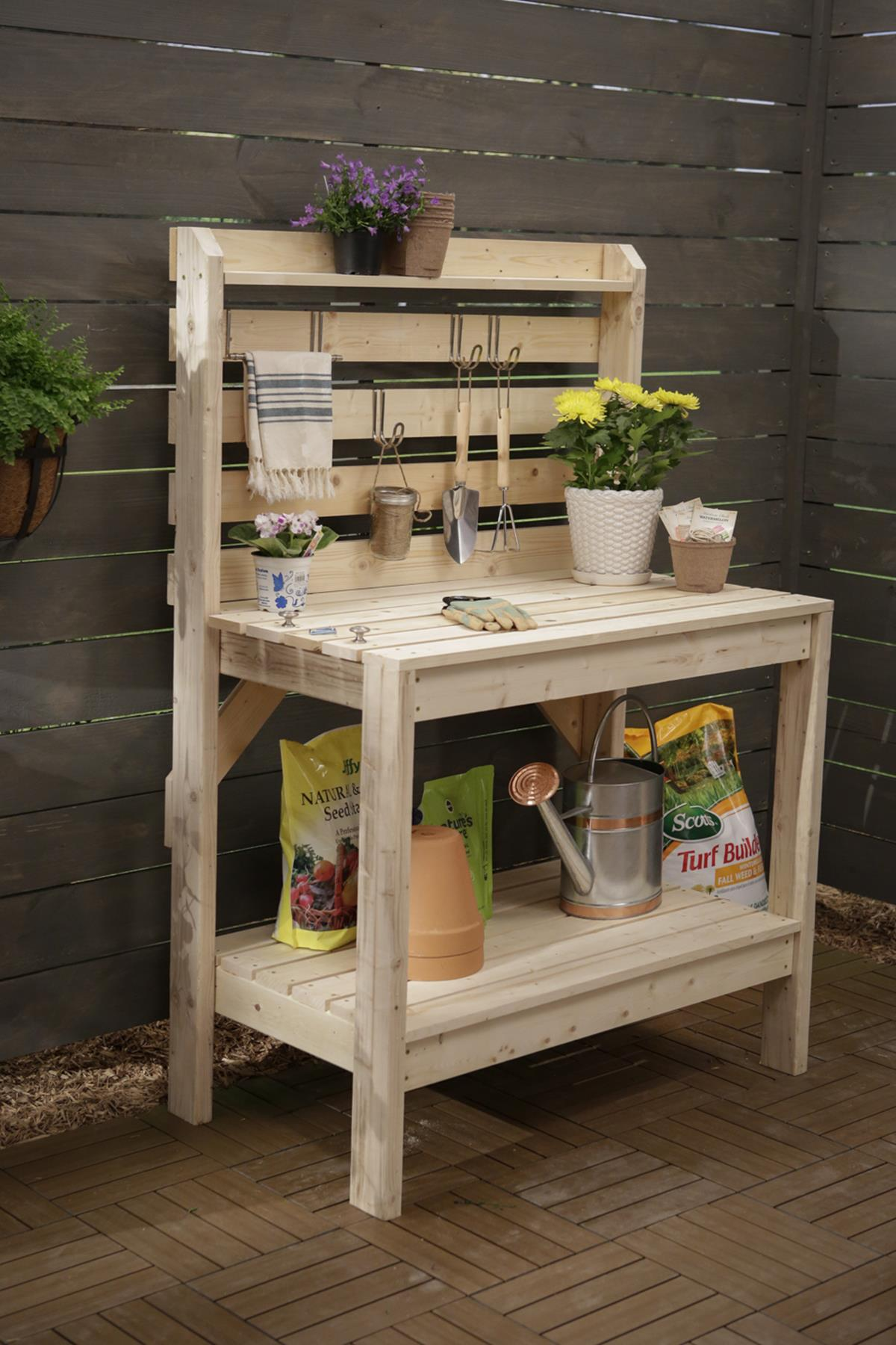Outdoor Garden Potting Bench Design Ideas 32