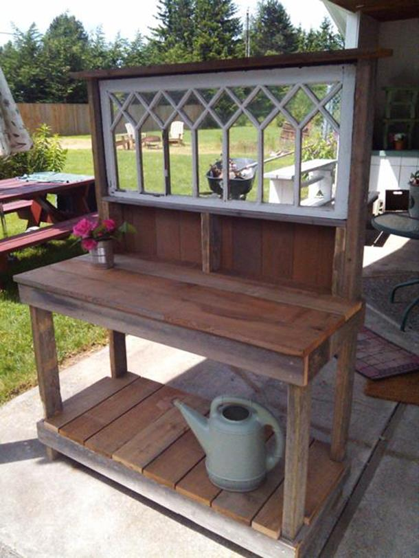 Outdoor Garden Potting Bench Design Ideas 33