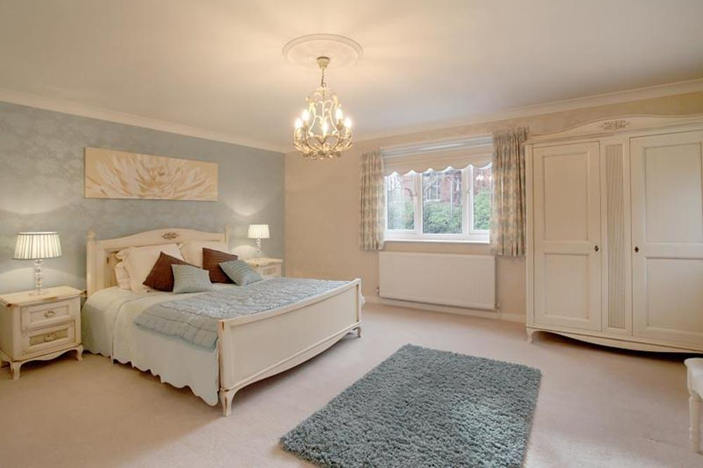 Blue And Beige Bedrooms Decorating Ideas 28