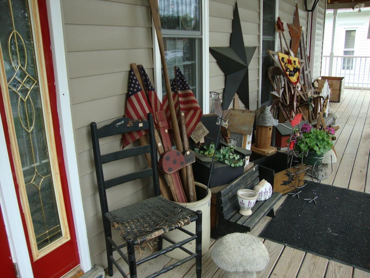 Country Front Porch Spring Decorating Ideas 14