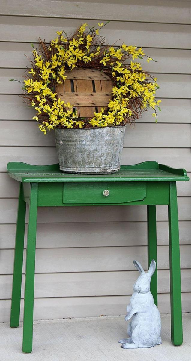 Country Front Porch Spring Decorating Ideas 9