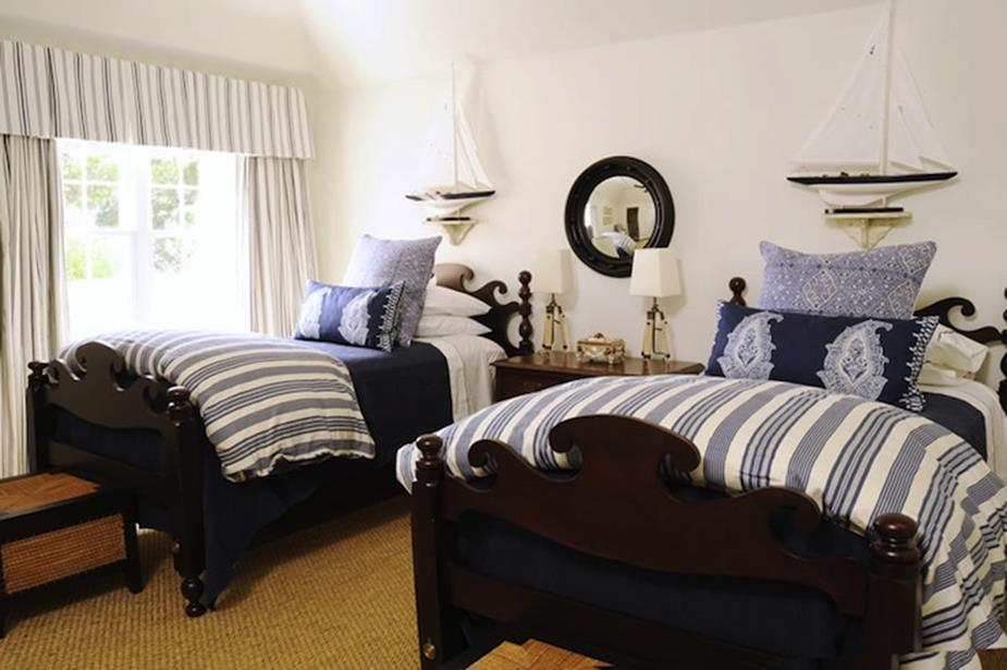 Nautical Themed Bedroom Design and Decor Ideas 22 - DecoRelated