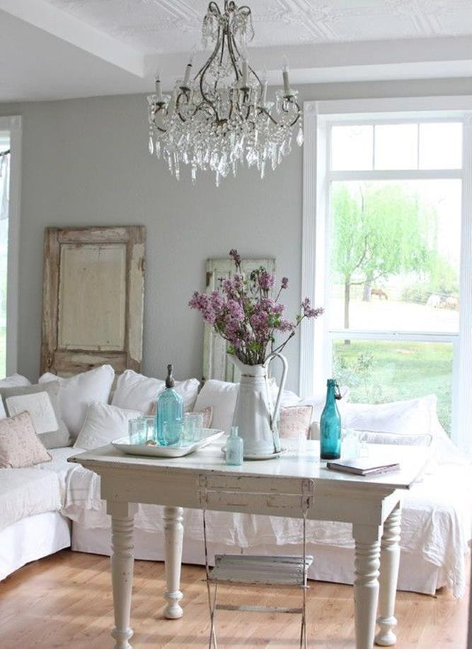 Shabby Chic Living Room Decorating on A Budget 22