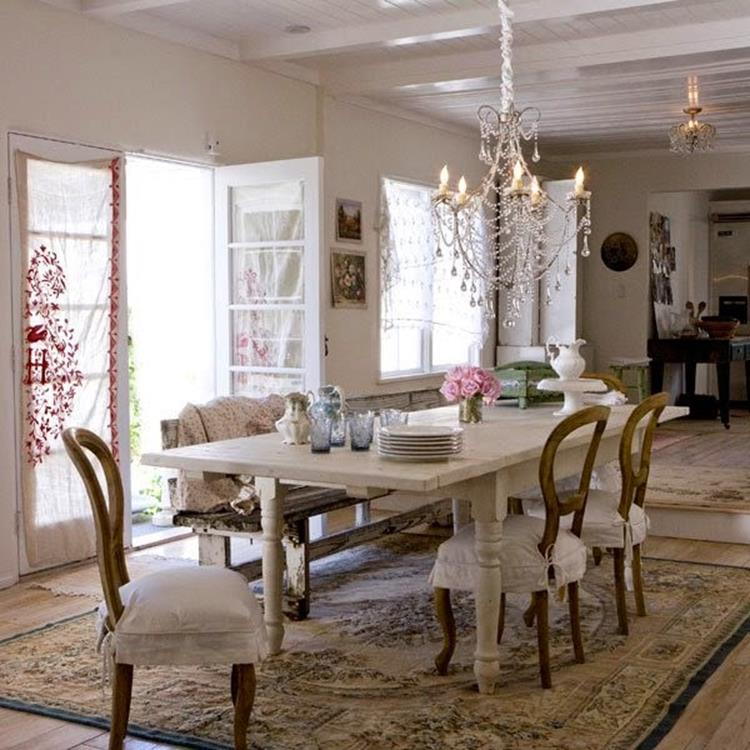 Shabby Chic Living Room Decorating on A Budget 26
