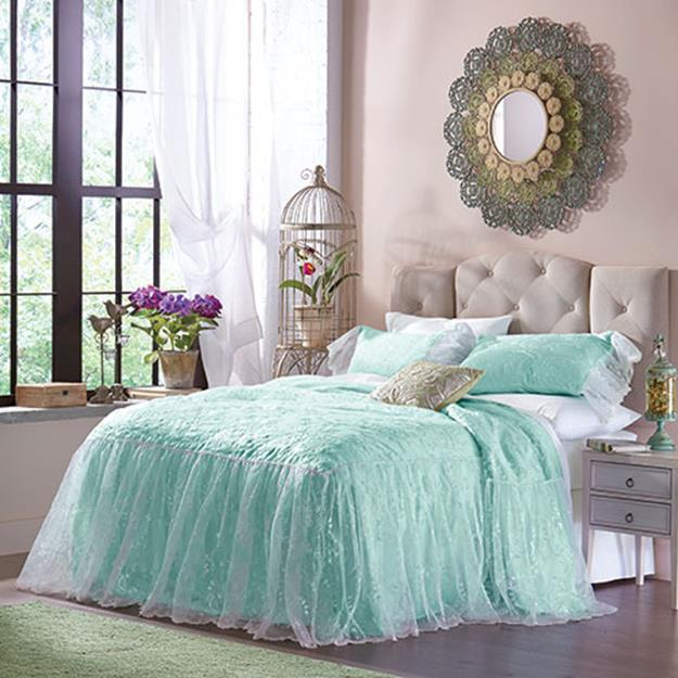 Bedroom Decorating Ideas for Spring 41