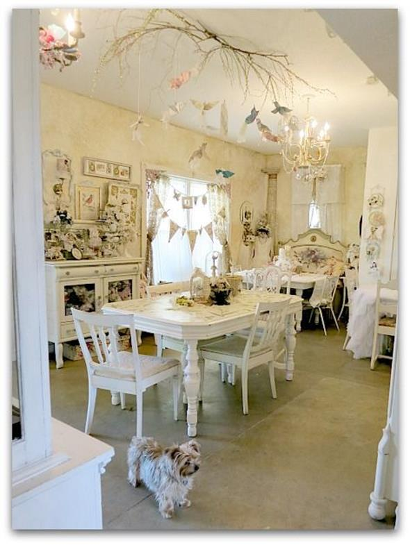 Inexpensive Shabby Chic Craft Table Ideas 16