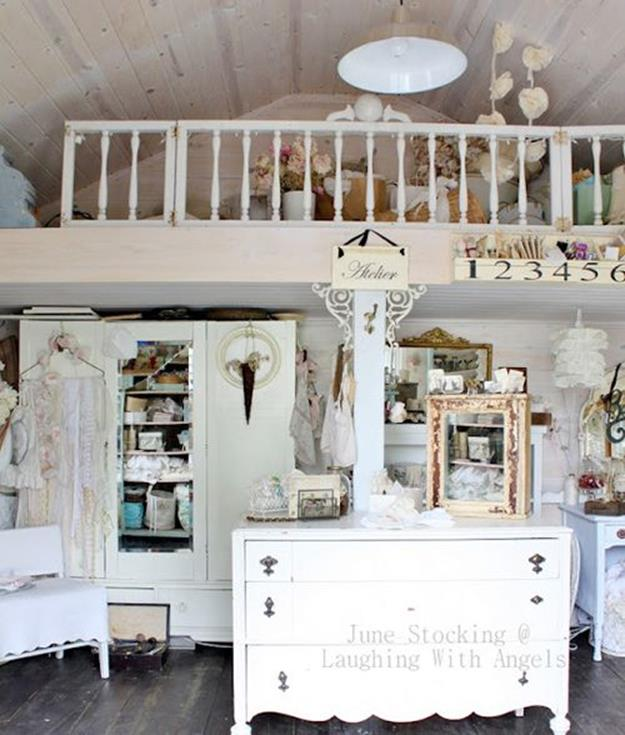 Inexpensive Shabby Chic Craft Table Ideas 26