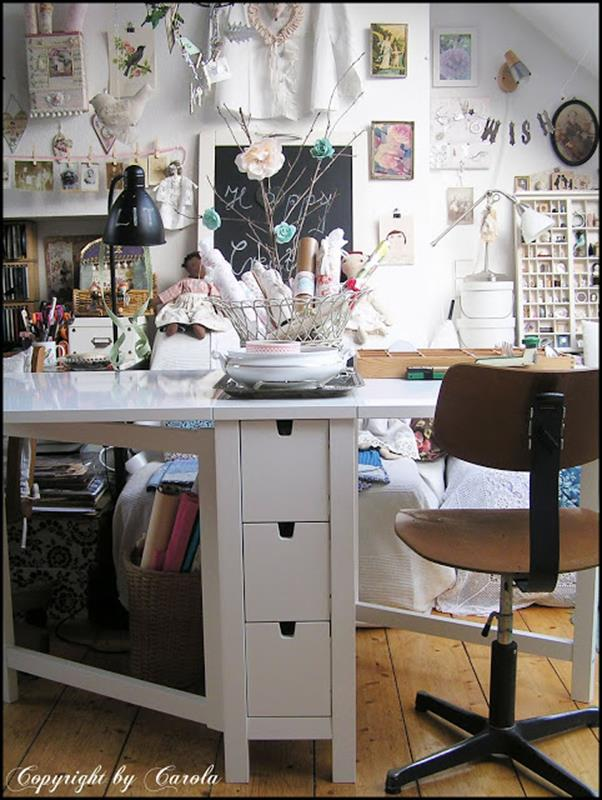 Inexpensive Shabby Chic Craft Table Ideas 33