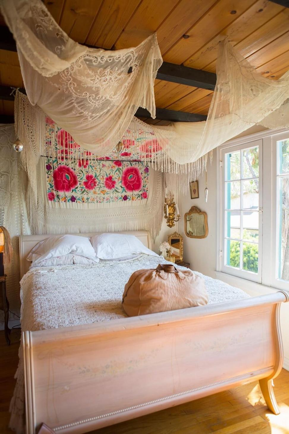 Perfect Bedroom Decorating Idea for Craft 31