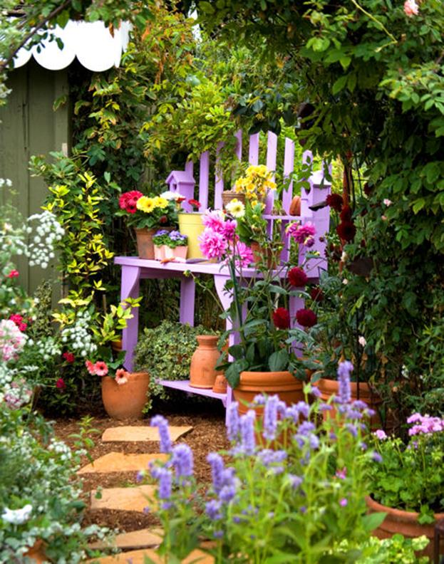 Stunning Country Cottage Gardens Ideas 10