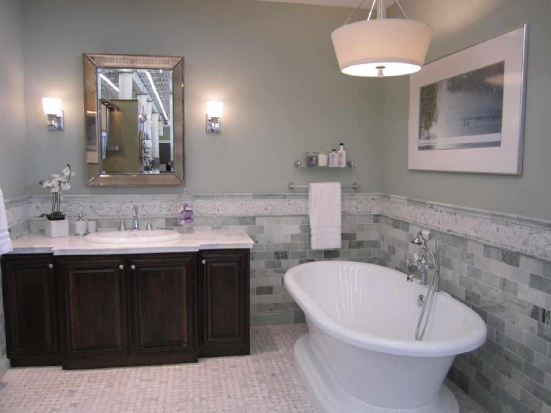 Stunning Gray Bathrooms with Accent Color Ideas 24