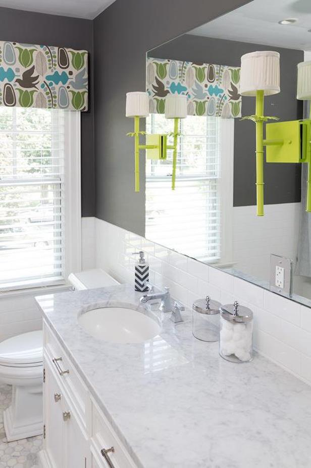 Stunning Gray Bathrooms with Accent Color Ideas 27