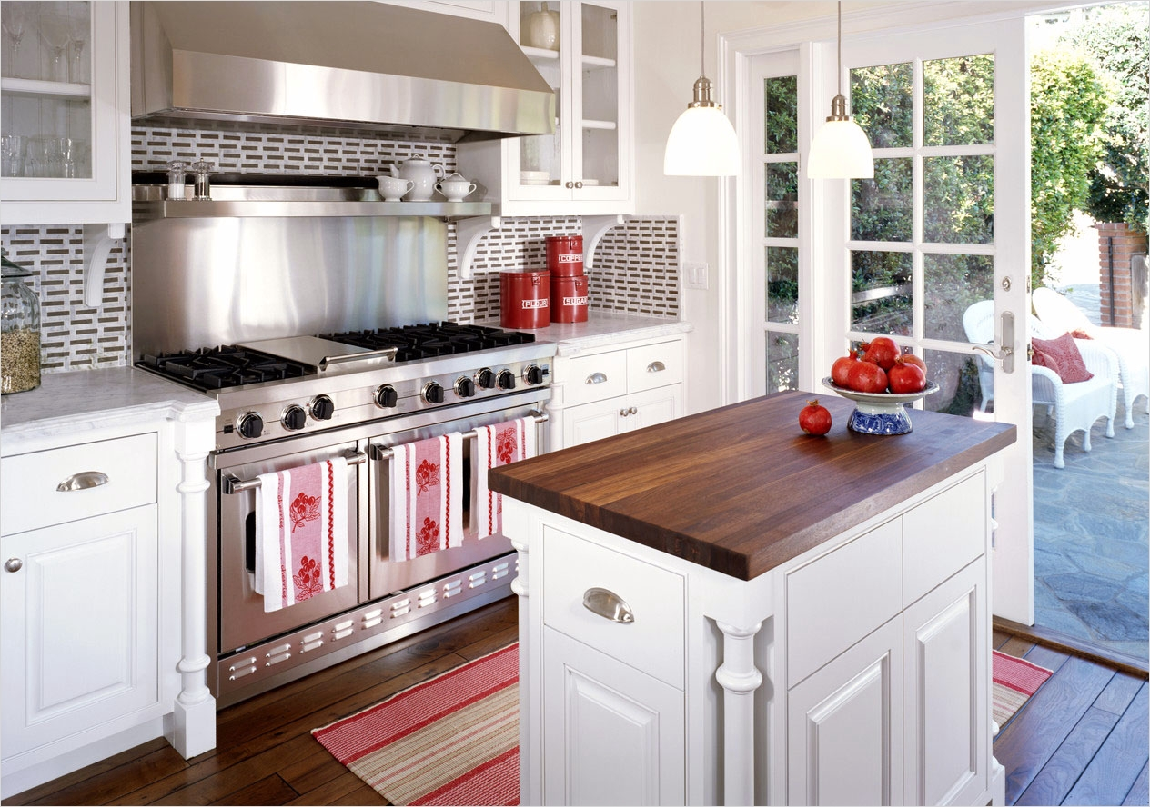 44 Perfect Ideas Small Kitchen Designs with islands 67 Kitchen island Designs for Small Kitchens 7