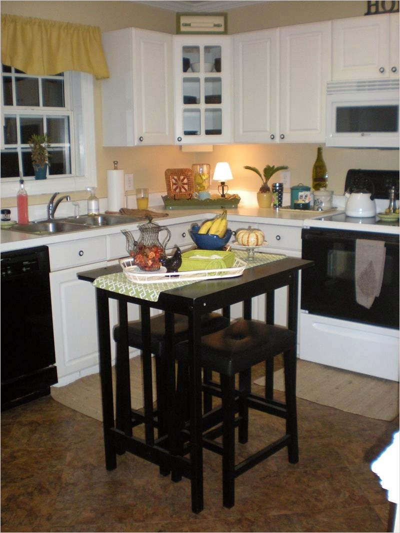 44 Perfect Ideas Small Kitchen Designs with islands 46 51 Awesome Small Kitchen with island Designs Page 4 Of 10 8
