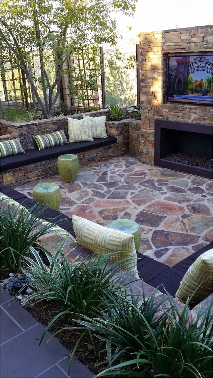 42 Cozy Small Outdoor Living Spaces 35 Outdoor Living Space Home Decorating Diy 1