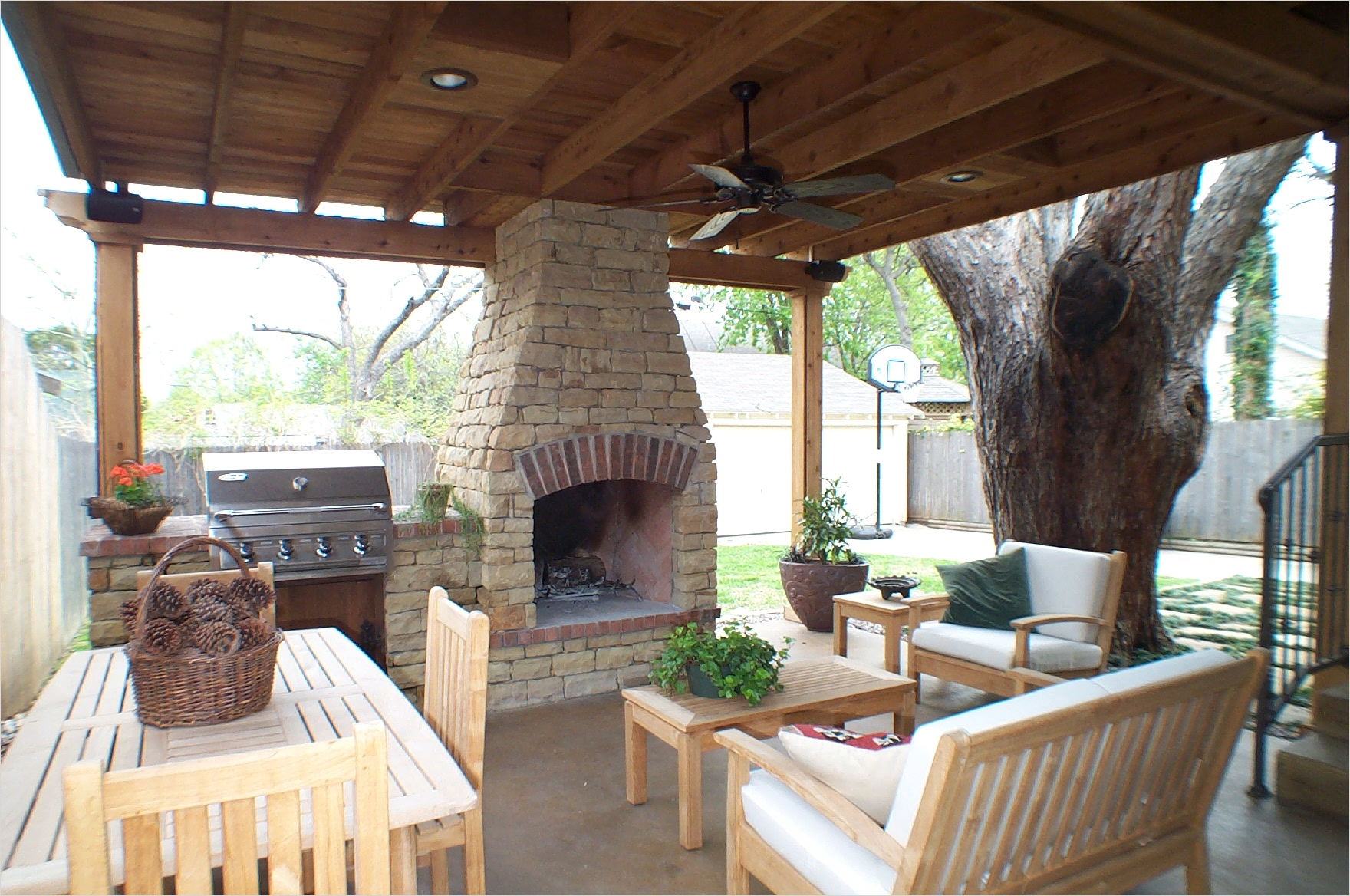 42 Cozy Small Outdoor Living Spaces 99 Living Room Great Outdoor Living Room Outdoor Design Ideas for Small Outdoor Space Covered 5