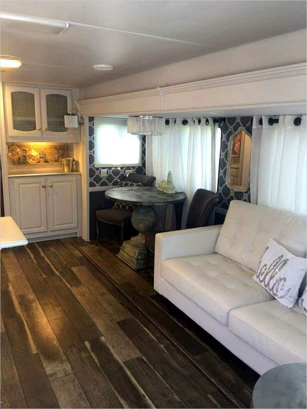 43 Perfect Rv and Camper Interior Ideas 27 Camper Interior Decorating Ideas Lovely Rv and School Bus Conversions Pinterest 1