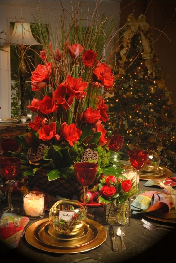 41 Adorable Christmas Table Centerpiece Ideas 2018 78