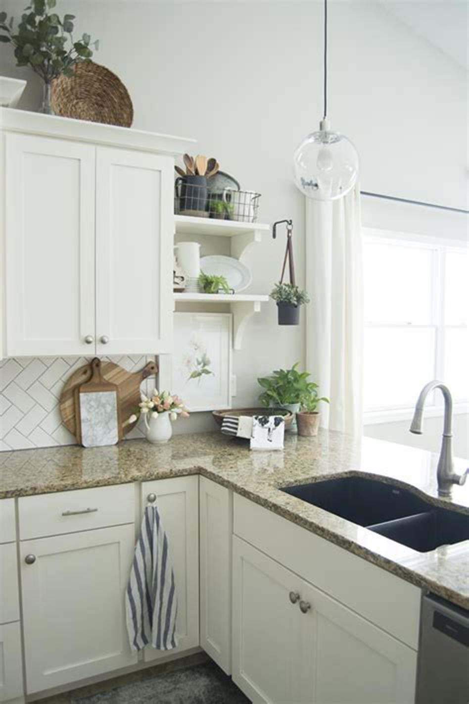 35 Stunning Spring Kitchen and Dining Room Decorating Ideas 2019 68