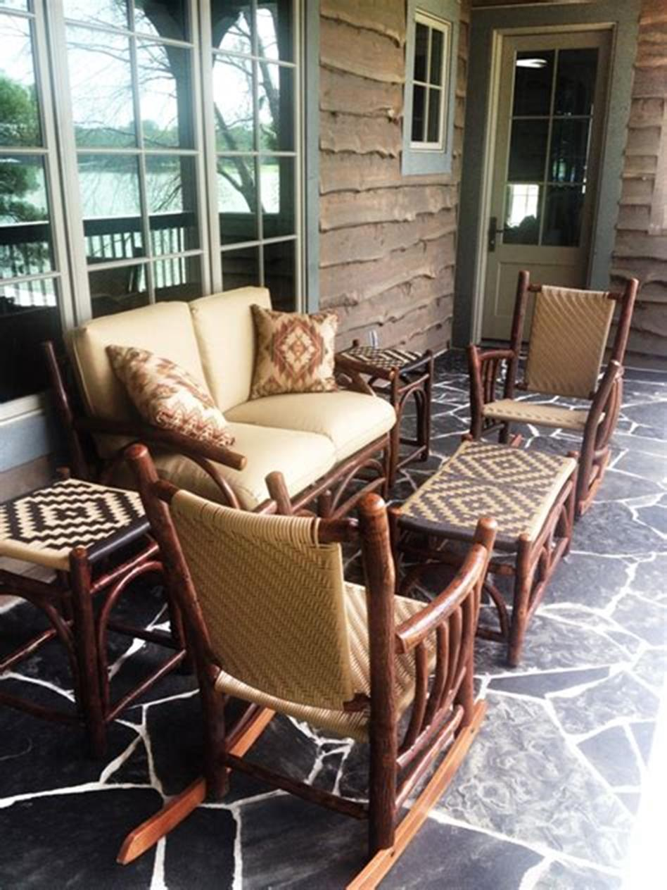45 Perfect Rustic Porch Furniture Ideas for 2019 30