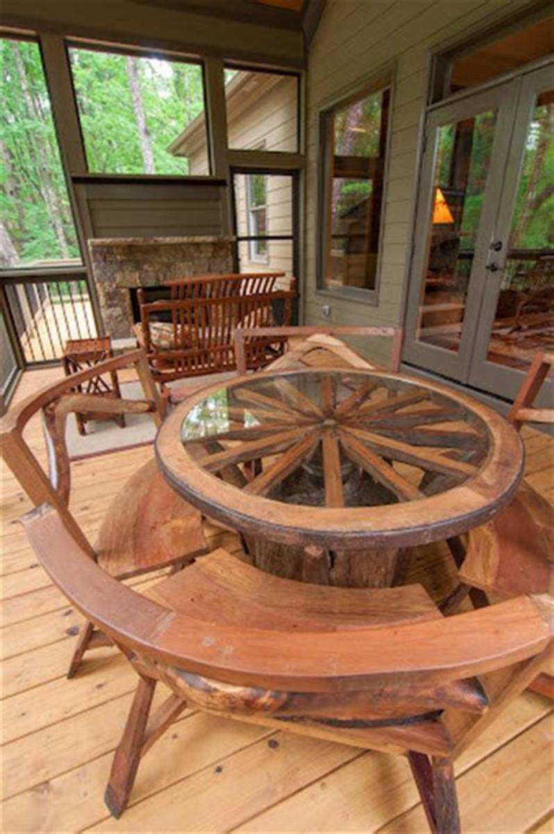 45 Perfect Rustic Porch Furniture Ideas for 2019 45