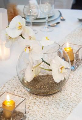 Orchidées en vase boule