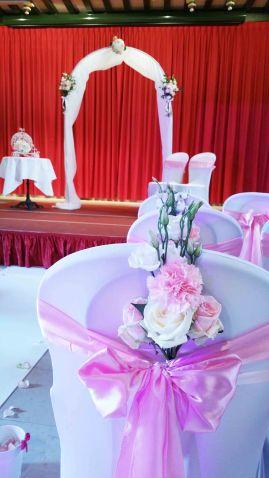 Cérémonie laïque classique en rose pâle, Bocuse
