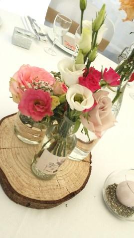 Décoration et création florale des tables invités