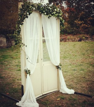 Porte de cérémonie laïque