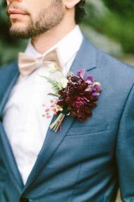 Boutonnière fleuri du marié ou de ses témoins