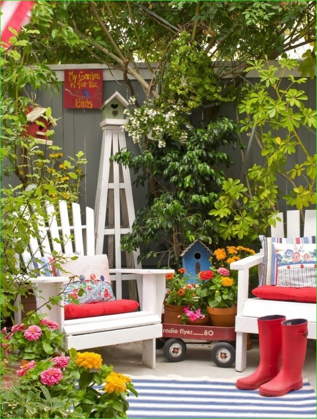 Creative Tiny Backyard Sitting areas 36 35 Wonderful Ideas How to organize A Pretty Small Garden Space 1