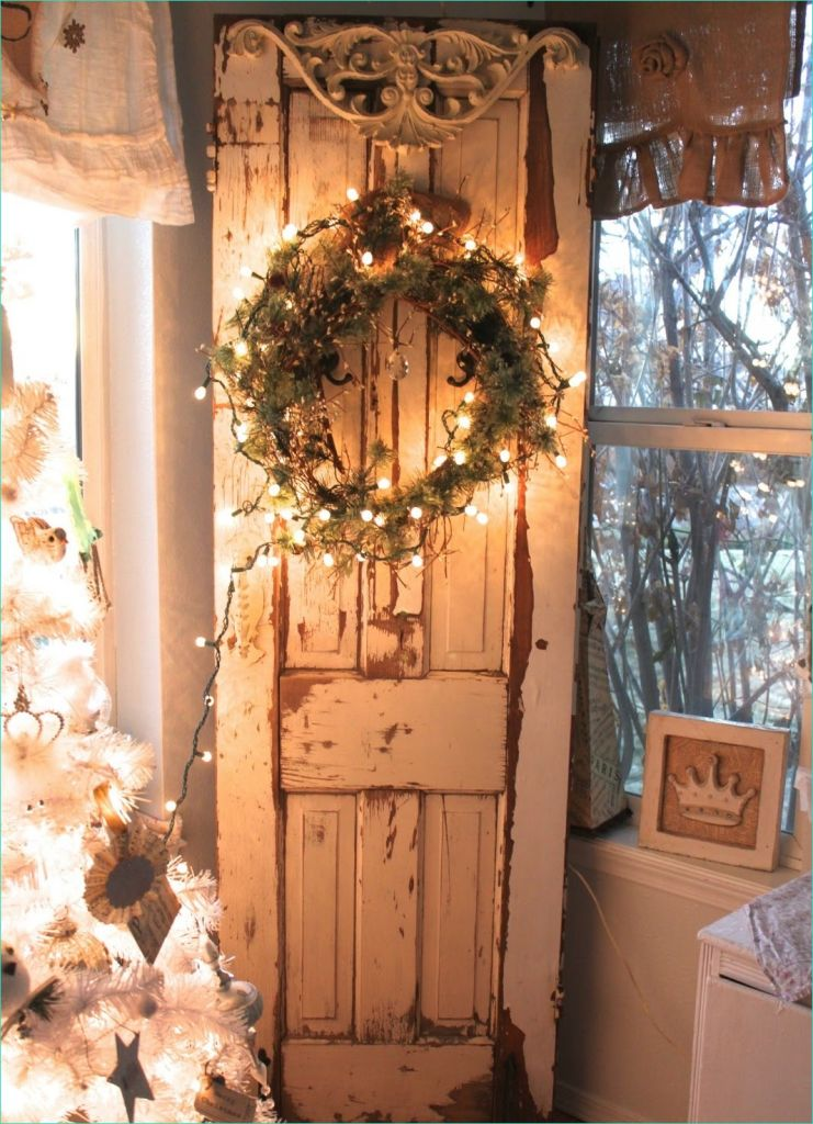 38 Stunning Decorating with Old Doors Ideas - Decor Renewal