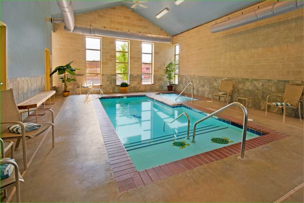 Small Indoor Swimming Pool for Minimalist House 77 Best Inspiring Indoor Swimming Pool Design Ideas 5