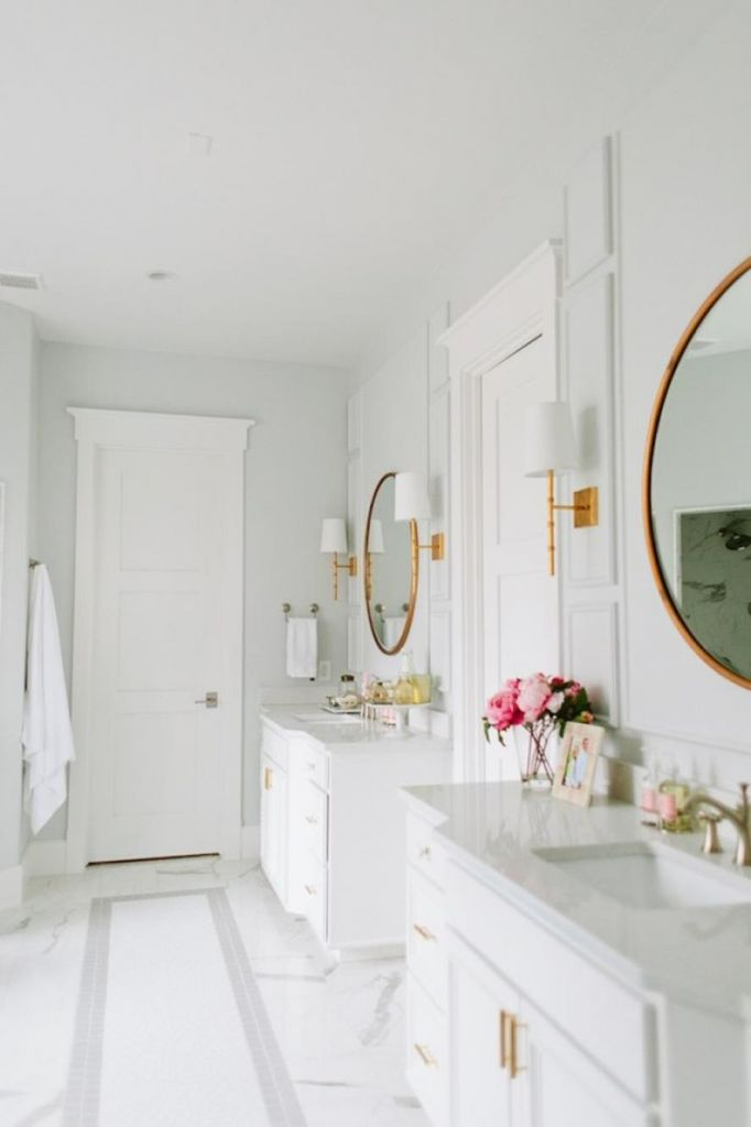 Beautiful Gold and White Bathroom 34
