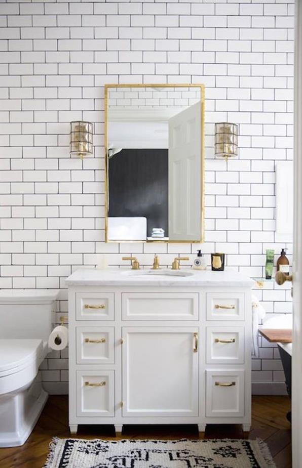 Beautiful Gold and White Bathroom 4