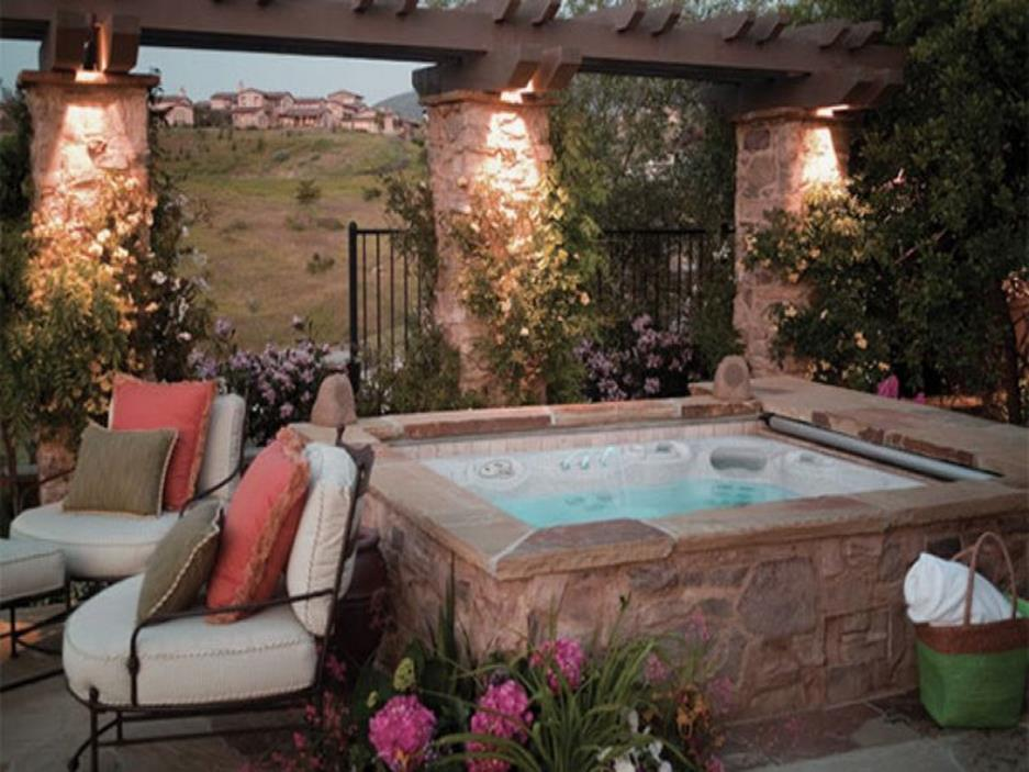 Small Backyard Ideas with Hot Tub 13