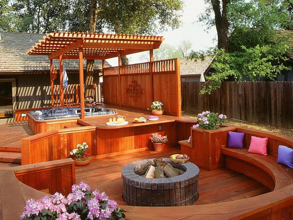 Small Backyard Ideas with Hot Tub 16