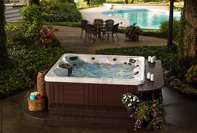 Small Backyard Ideas with Hot Tub 22