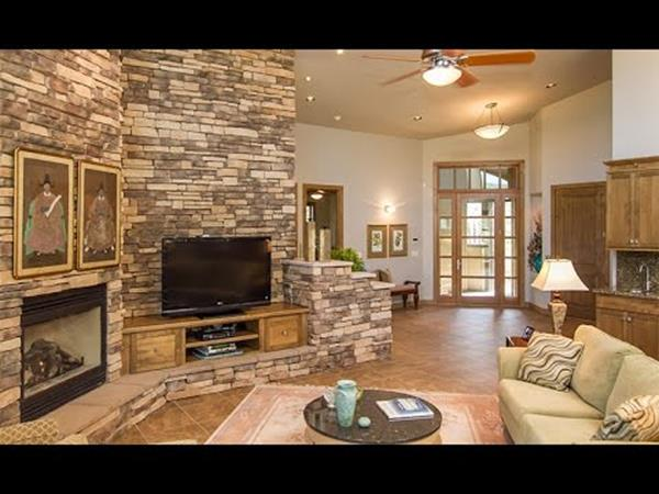 Living Room Smooth Stone Interior Walls 23