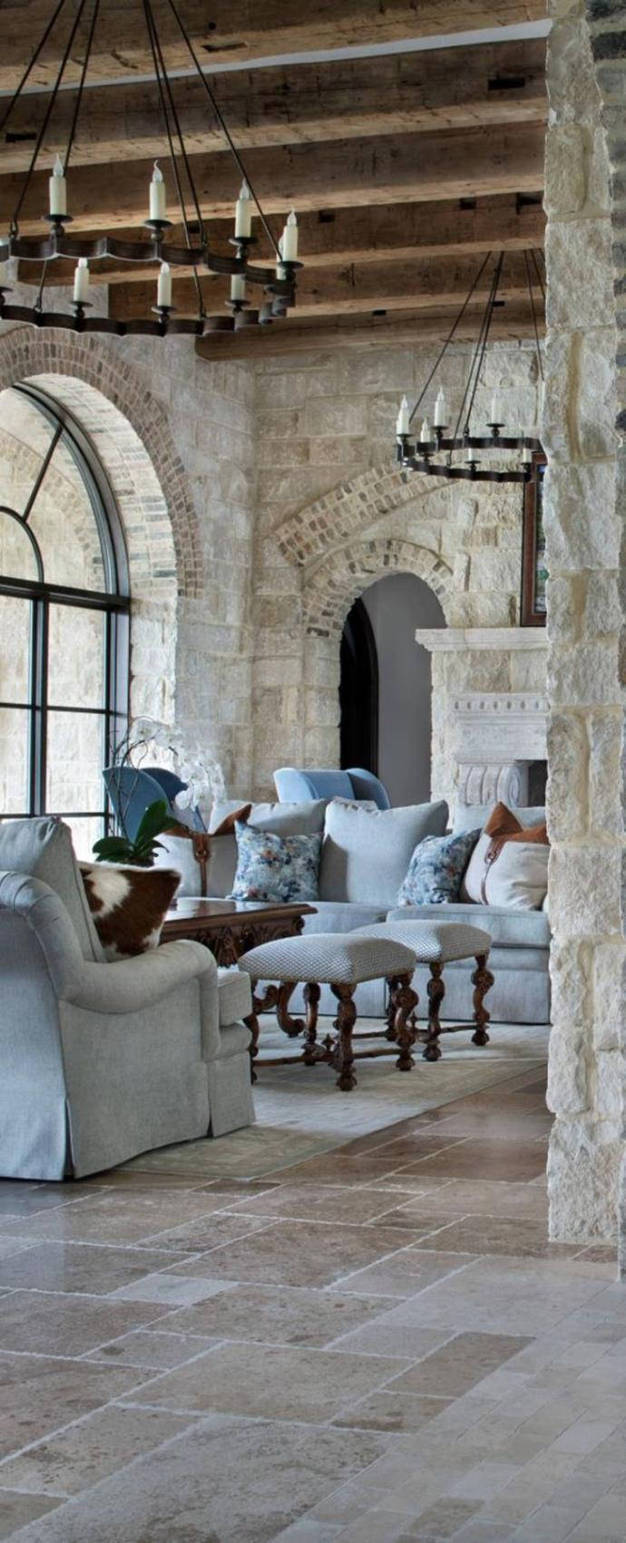 Living Room Smooth Stone Interior Walls 9